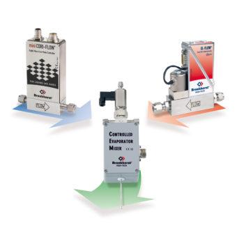 Systém pro přípravu par kapaliny v proudu nosného plynu