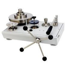 Hydraulické piestové tlakomery P3100/P3200