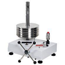 Vysokotlakové olejové piestové tlakomery