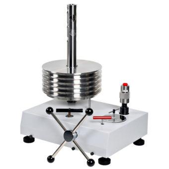 Vysokotlaký olejový piestový tlakomer P3830
