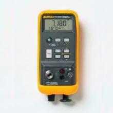 Fluke 718 kalibrátor tlaku so vstavanou pumpou
