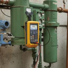 Fluke 729 Automatický kalibrátor tlaku so vstavanou pumpou