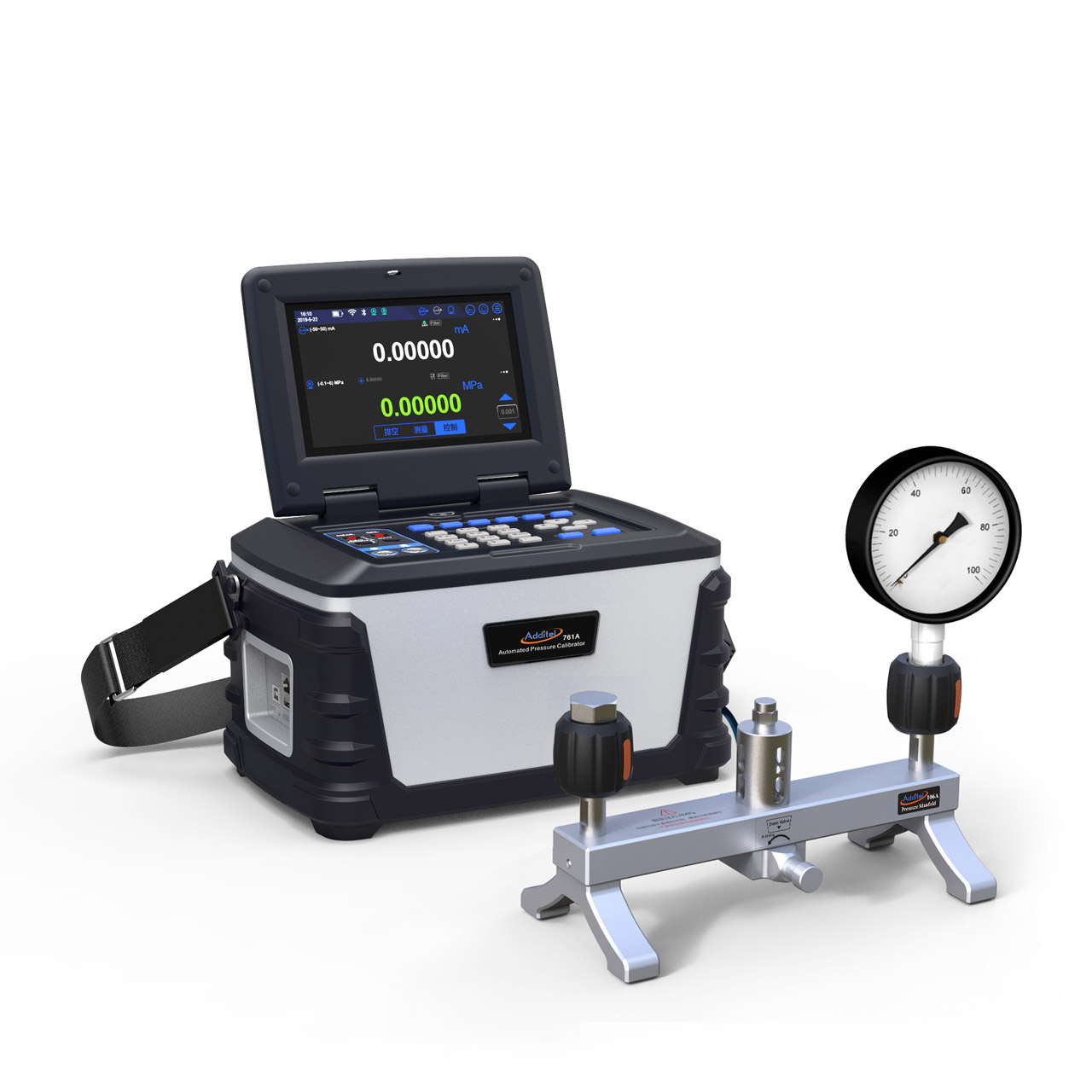 Kalibrátor ADT761A s pripojeným kalibrovaným manometrom